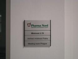 Pharma Nord - hliníková cedulka indoor