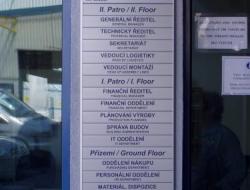 Linde - hlavní info cedule (hliníková cedulka indoor)